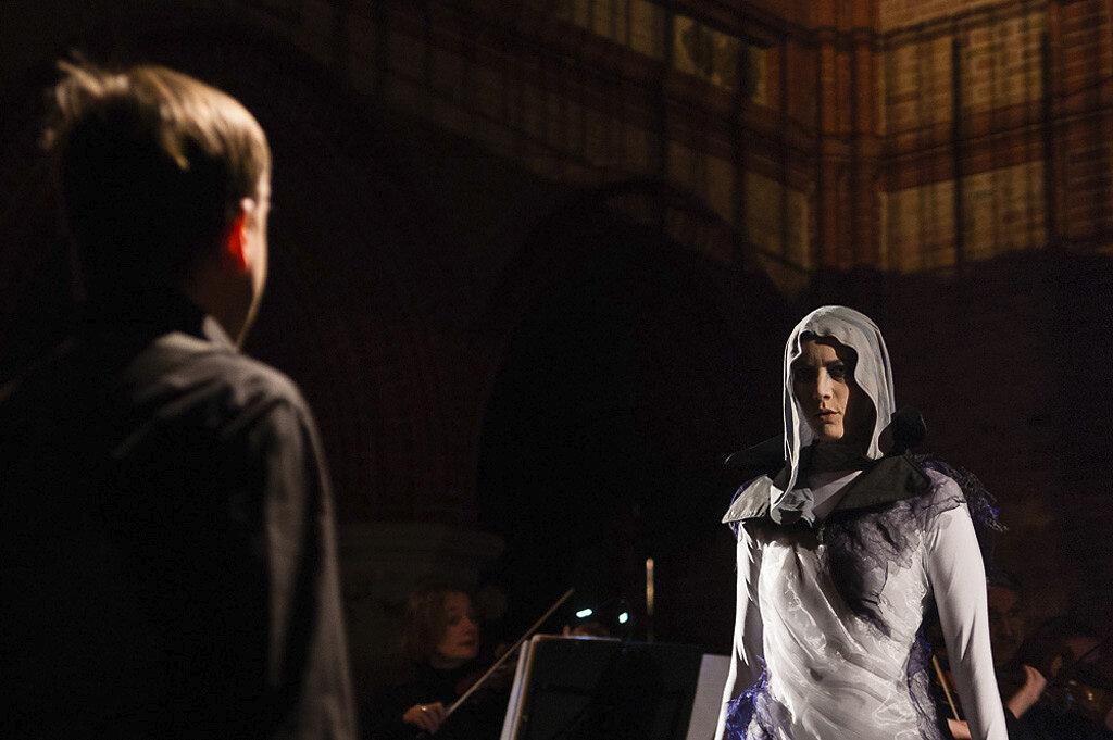 Requiem-11.jpg